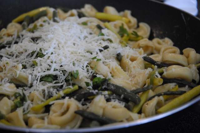 tortellini with green beans 11