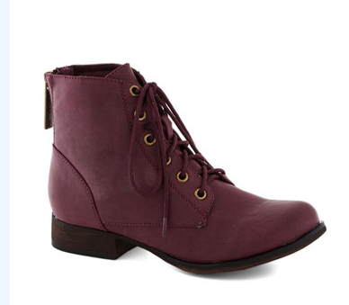 manifest boot in berry