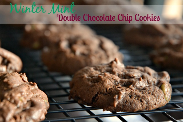 Winter Mint Chip Cookies 1 edited